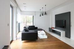 Scandinavian style black sofa - Home Design Ideas Black Sofa, Sofa Home, Scandinavian Style, My House, House Design, Interior Design, Bedroom, Modern, Design Ideas