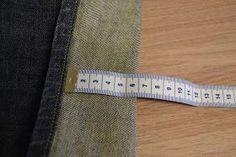 Juffrouw Kersjes: Tuto: Broek inkorten en originele zoom behouden... Hemming Jeans, Refashion, Sewing, Womens Fashion, Clothes, Vape Tricks, Tejidos, Cool Things, Dressmaking