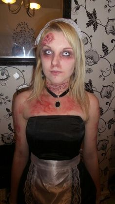 halloween make up using toilet roll and glue stick and make up