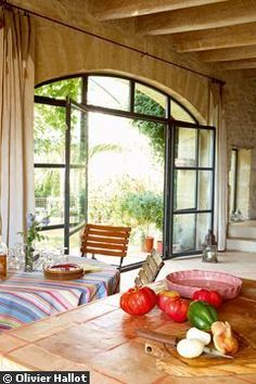 A large bay window – Metamorphosis of a barn – xn – … Source by charlottekhoud House Windows, Windows And Doors, Tuscan House, Desert Homes, French Country Style, Bay Window, Interior Inspiration, Rustic Decor, Architecture Design