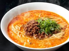 Dandan noodles is originally Chinese dish, it is also popular in Japan and it is called tantan-men. In this recipe, you can cook Japanese style tantan noodles! Tantan-men (ramen in spicy creamy sesame soup) Spicy Ramen Noodles, Japanese Ramen Noodles, Ramen Noodle Soup, Ramen Noodle Recipes, Top Ramen Recipes, Chef Recipes, Sausage Recipes, Spicy Recipes, Soup Recipes