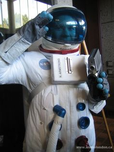 Neil Armstrong -  Astronaut Neil Armstrong, Astronaut, Vacuums, Home Appliances, Cosplay, Toys, Gallery, House Appliances, Activity Toys