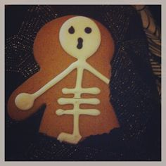 #kidstreats #skeleton #funny #Halloween #greenhalgh #biscuits