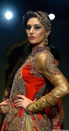 Nargis Fakri for Ashima Leena @ IBFW 2013