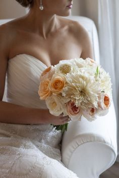 Weddinspire.com for more #wedding flower ideas