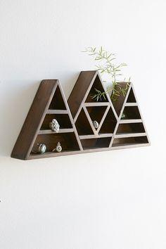 Bryn Mountain Display Shelf