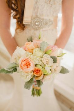 Modern Elegance with a Dash of Gold Wedding Inspiration ~ Alisha Rudd Photography   bellethemagazine.com
