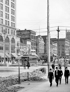 Dayton, Ohio ca. 1904 - wonder if any of these bldgs are left?  can't believe the difference from the 60's to 2013!