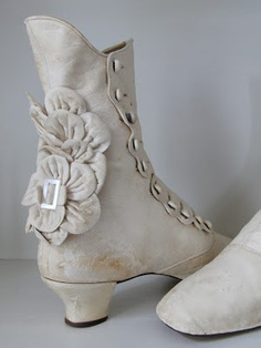 These are supper cute and exactly what I'm thinking, only unavailable and a little dirty because they are true antiques. I'm sure they also don't come in my size, those women had tiny feet by today's standards. I wear a size 9. Wedding Boots 1880's