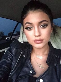I'm in LOVE with Kylie's makeup!