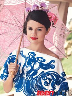 SELENA GOMEZ TEENVOGUE MAG   Selena Gomez teen vogue magazine