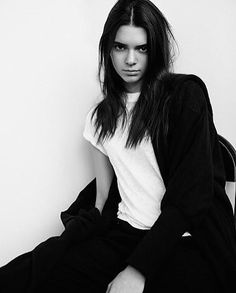 Regardez les photos et vidéos Instagram de Kendall Jenner (@kendalljenner)