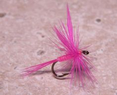 Video: How to Tie a Classic Dry Fly with Hackle-Tip Wings | Orvis News