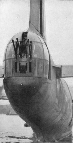 Short Sunderland flyingboat rear gun turret Air Force Aircraft, Navy Aircraft, Ww2 Aircraft, Military Aircraft, Short Sunderland, Gun Turret, Sea Plane, Royal Australian Air Force, Flying Boat