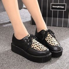 Brand Name: LAKESHI Item Type: Flats Department Name: Adult Shoe Width: Medium(B,M) Season: Winter Platform Height: 3-5cm With Platforms: Yes Closure Type: Lace-Up Toe Shape: Round Toe Insole Material