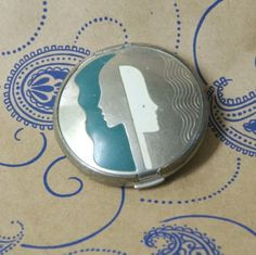 Art Deco Richard Hudnut Profile Compact