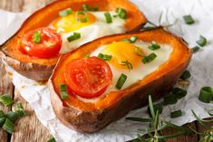 Benefits Of Sweet Potato Diet For Weight Loss – Healthy Recipes You Can Try potato al horno asadas fritas recetas diet diet plan diet recipes recipes Sweet Potato Diet, Sweet Potato Benefits, Breakfast Baked Potatoes, Perfect Baked Potato, Sausage And Egg, Juicy Fruit, Fabulous Foods, Food To Make, Healthy Recipes