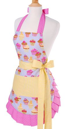 Vintage apron with cupcakes design in pastel shades