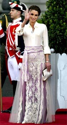 2005 Spain, Sarah's bag at the wedding of Prince Philip - Queen Rania
