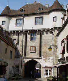 Château de Semur-en-Auxois - Bing Images