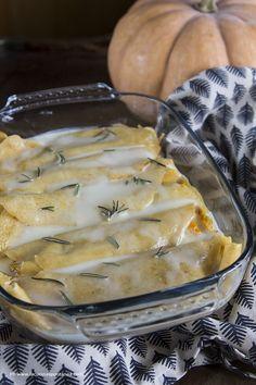 Appetizer Salads, Appetizers, Fonduta, Ravioli, Gnocchi, Camembert Cheese, Cake, Food And Drink, Taleggio