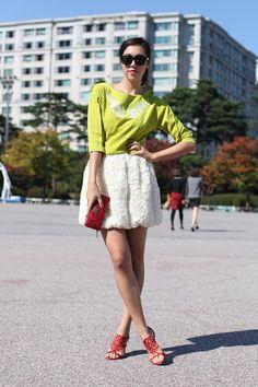 Notepads+Out!+20+Next-Level+Seoul+Street-Style+Snaps+#refinery29+http://www.refinery29.com/2013/10/55989/seoul-korea-fashion#slide-18