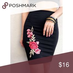 Black pencil skirt with rose embroidered Good stretch Skirts Midi