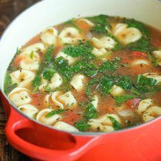 Spinach Tomato Tortellini Soup
