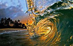 globoesporte - FOTOS: Clark Little arrebata fãs com fotos 'dentro' das ondas - fotos em surfe