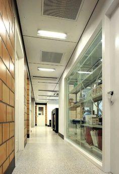 Malpertuus Veterinary Clinic / architecten de vylder vinck taillieu