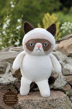 Grumpy Cat plush doll #GrumpyCat #Tard #TardarSauce