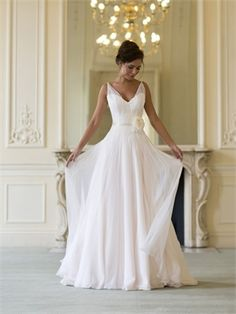 My dream dress. Too bad Naomi Neoh only has shops in the UK. I love her hairstyle too...simple and elegant!