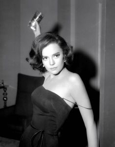 Natalie Wood...I know I look like her in the face but now I want to look like her body...so pretty!