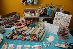 Craft + Show Designs: Wallet and Pouch Displays