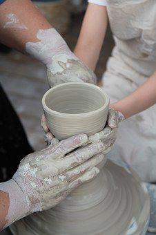 Porcelain, Qualitative, Hand