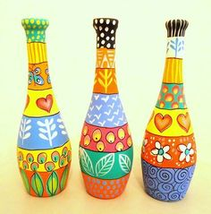 Creative Fine Arts offering Hand Painted Glass Bottle, Glass Bottle in Bengaluru, Karnataka. Get best price and read about company and get contact details and address. Painted Glass Bottles, Glass Bottle Crafts, Wine Bottle Art, Diy Bottle, Garrafa Diy, Glass Painting Designs, Paint Designs, Recycled Wine Bottles, Recycled Glass