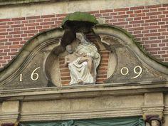 aqua vitae... laat het levenswater stromen: 19nov15 What I saw more in Gouda House facade sto...