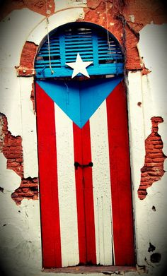 Flag Door, Old San Juan