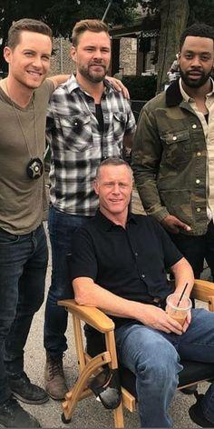 """We dem boyz"" 😍‼️😎😎 Chicago Fire Casey, Chicago Movie, Chicago Shows, Chicago Med, Pretty Men, Gorgeous Men, Chicago Crossover, Patrick John Flueger, Hank Voight"
