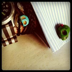 Skull cuff links . socuteclothes.com  Design by Jaime del Valle