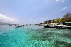 Gili Nanggu Pulau seluas 12,5 Ha di barat Lombok ini dikelola dengan konsep Forest/Virgin Island, sehingga masih memiliki alam yang asri dan alami. Ketenangan dan keasriannya menjadikan Gili Nanggu sebagai tempat kunjungan rutin banyak tamu mancanegara. Gili Nanggu dijuluki: Paradise Island...