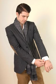 Men's Vincent Black and White Checkered Scarf at Amazon Men's Clothing store: Fashion Scarves