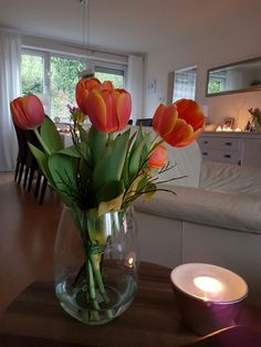 Ich liebe Tulpen. D.K