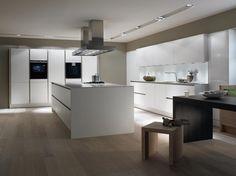 Aliexpress.com: Foshan Airsto Sanitary Ware Co.,Ltdより信頼できる キャビネットキッチンドア サプライヤからアメリカの固体木製キッチンキャビネットラッカーキッチンキャビネットラッカーキッチン食器棚でモダンなデザインの優れた完成を購入します
