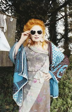 #VivienneWestwood herself, models a classic white pair of shades, shop them here: http://www.privatesales.hk/shop/product-category/vivienne-westwood/