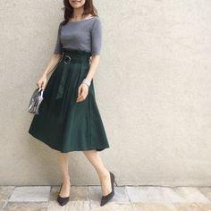 いいね!2,248件、コメント10件 ― akkoさん(@akko3839)のInstagramアカウント: 「・ ・ #いつかの服 もう半袖だけだと寒いかなぁ。。(´-`) ・ ・ top #urs @urs_official bag #giannichiarini skirt #titivate…」