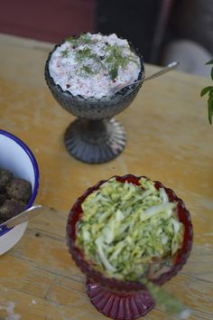 Elämää Koivurannassa: Kalamiehenviettelys Tzatziki, Guacamole, Food And Drink, Mexican, Drinks, Ethnic Recipes, Drinking, Beverages, Drink