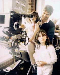 Emily & Zooey Deschanel with their dad