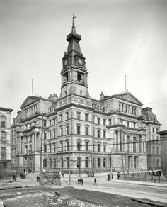 1906 - Post Office and Customs House located at Fourth Street and Chestnut Street in Louisville, demolished in 1942-1943