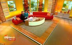 morning show set design Tv Set Design, Stage Design, Tv Sets, Morning Show, Stage Set, Living Room Tv, Kids Playing, Living Room Designs, Google